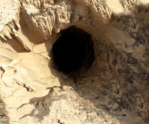 Ямы в песке, которые могут поглотить случайного путника — опасности дюны Маунт-Болди