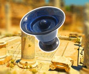 Античная кружка с защитой от жадности, которую, как считается, придумал Пифагор