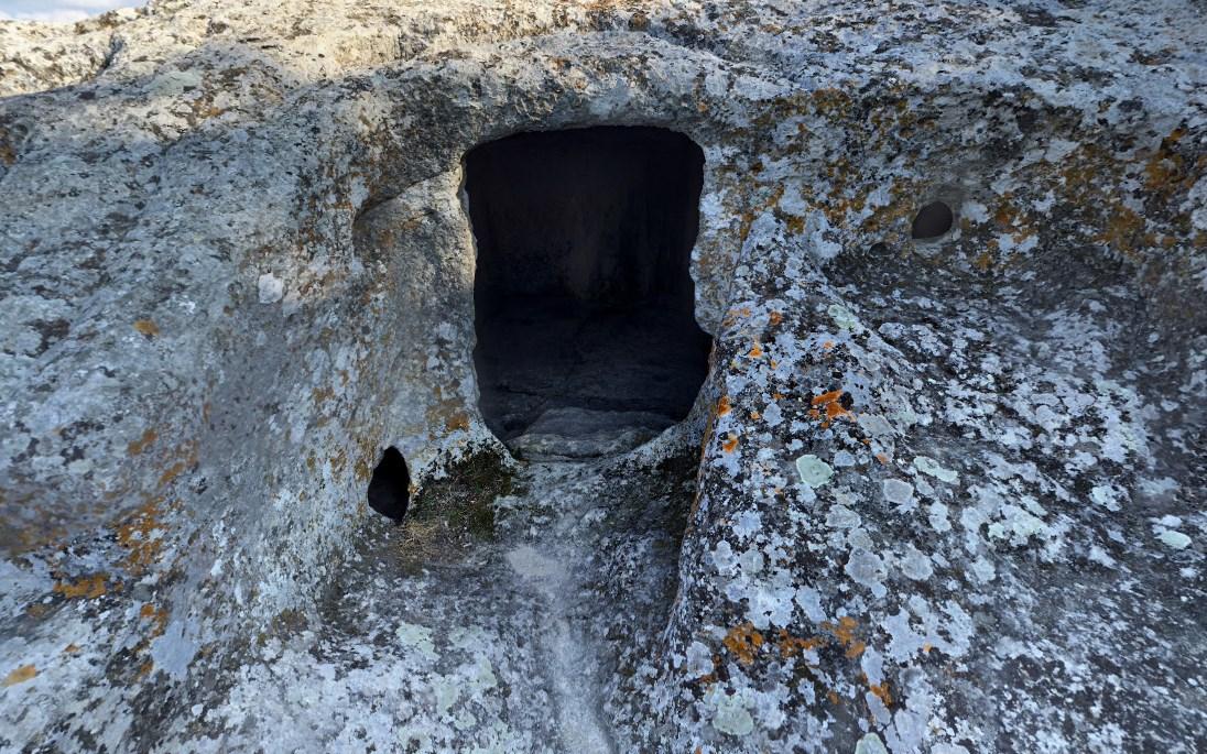 Эски-Кермен - Древние пещерные сооружения в Крыму, основателями которых считаются византийцы
