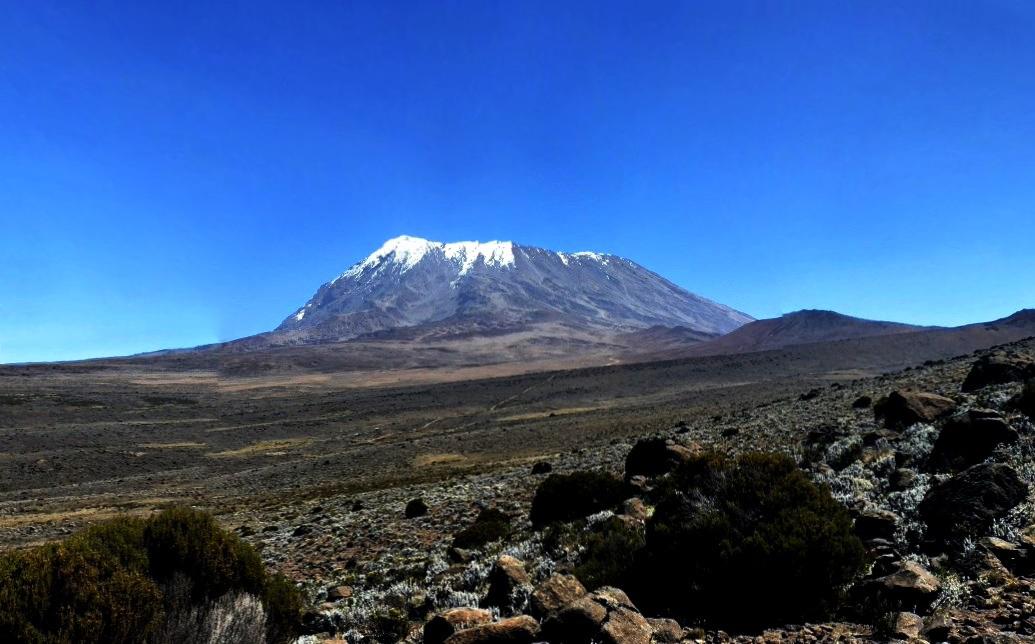 Учёные предупреждают о возможном исчезновении ледников на стратовулкане Килиманджаро и о последствиях для экологии