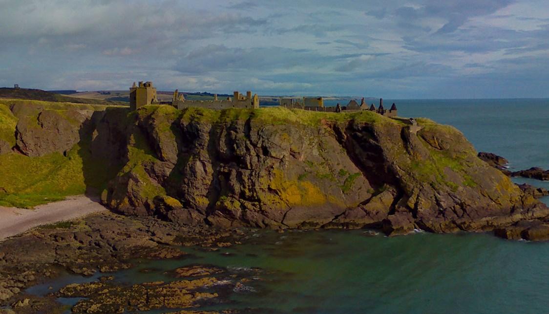 Один из самых неприступных замков Шотландии - Данноттар
