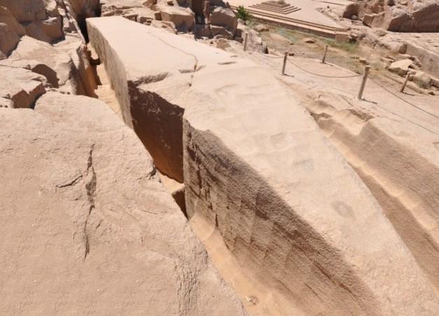 Незаконченный гигантский Асуанский обелиск