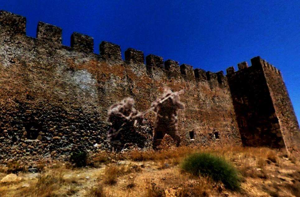 Необъяснимое явление, которое учёные пока не разгадали - призраки замка Франгокастелло