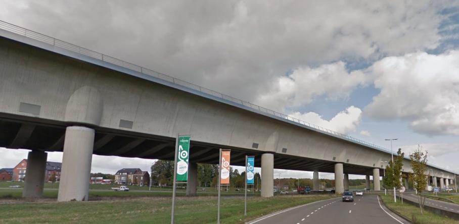 «Река» над дорогой: Сарт-канал - когда проще построить мост для воды