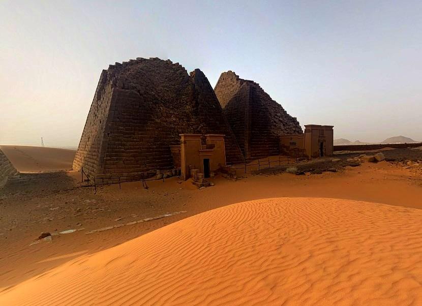 Древние пирамиды Мероэ