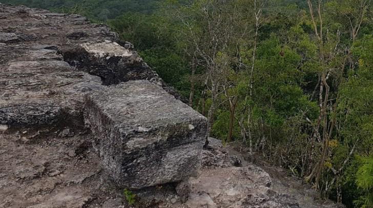 около древнего города майя Эль-Мирадор