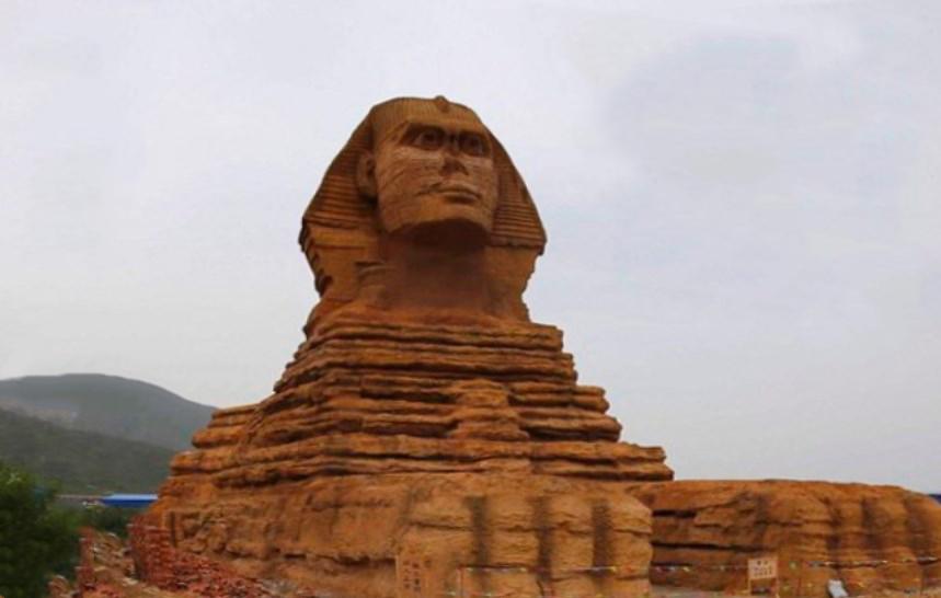 Как в Китае появился дубликат египетского Большого сфинкса почти в натуральную величину