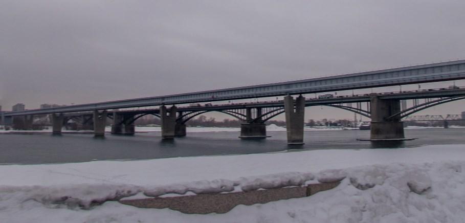 В России находится самый длинный в мире крытый метромост - Новосибирский