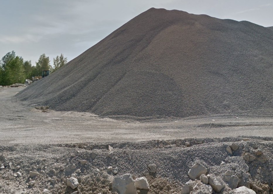 Мраморный карьер вблизи Искитима в Новосибирской области