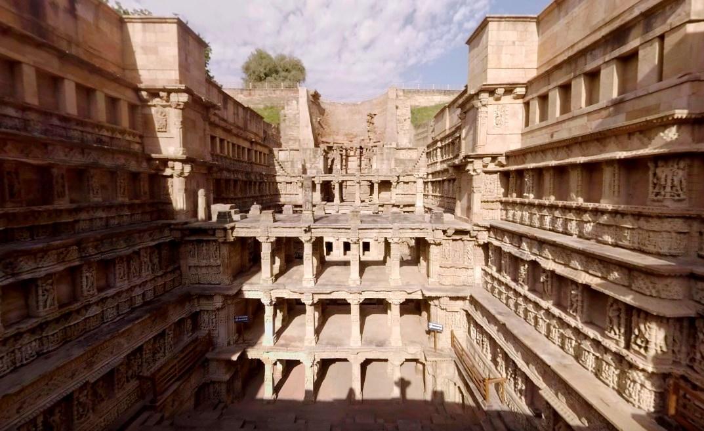 Гигантский древний колодец, который раскопали через 700 лет - Рани-ки-Вав
