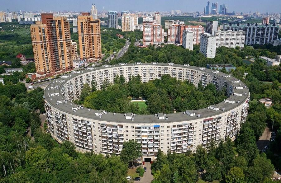 Дома-кольца в Москве