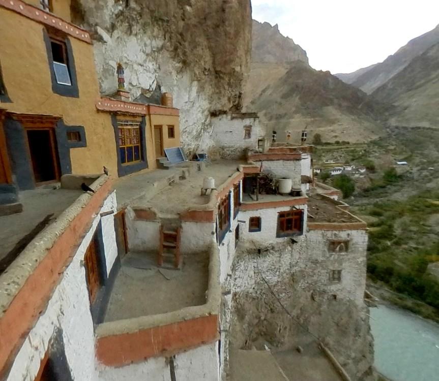 Древний монастырь Малого Тибета Фуктал