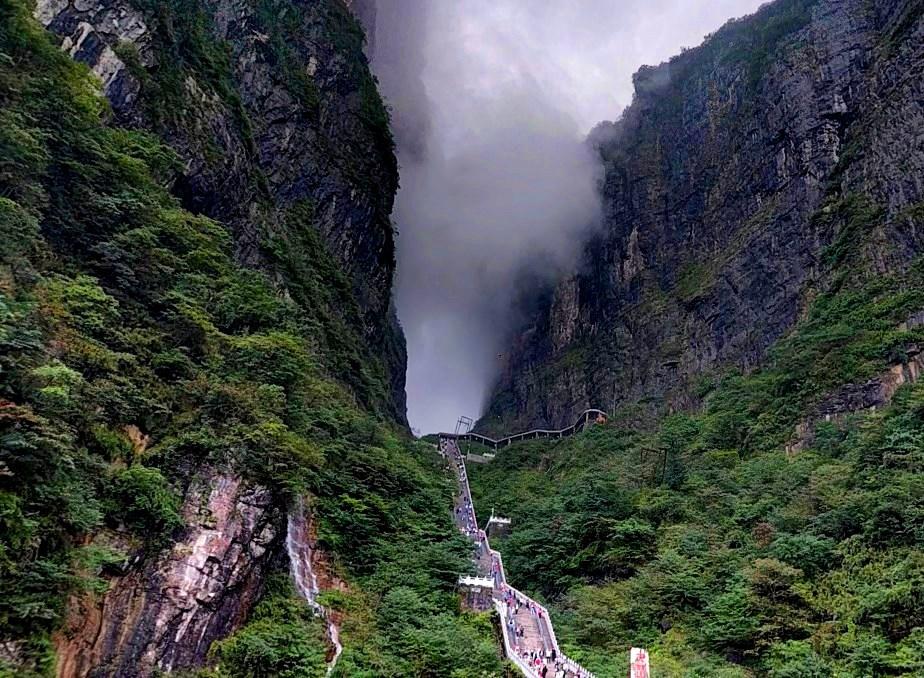 Небесные врата Тяньмэнь
