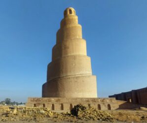 Грандиозное древнее сооружение, словно Вавилонская башня, возвышается над пустыней — минарет аль-Малвия в Самарре