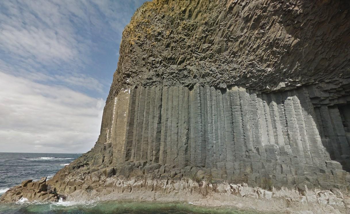 «Остров из колонн», который по легендам викингов строили великаны - Стаффа