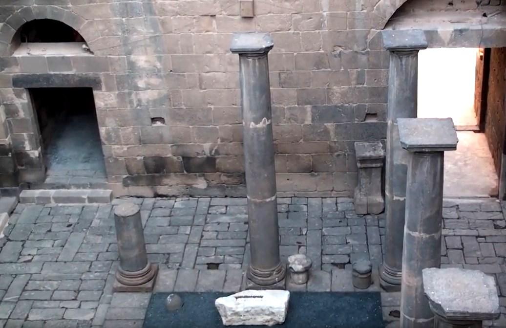 Древний чёрный город Босра - наследие величественного Набатейского царства