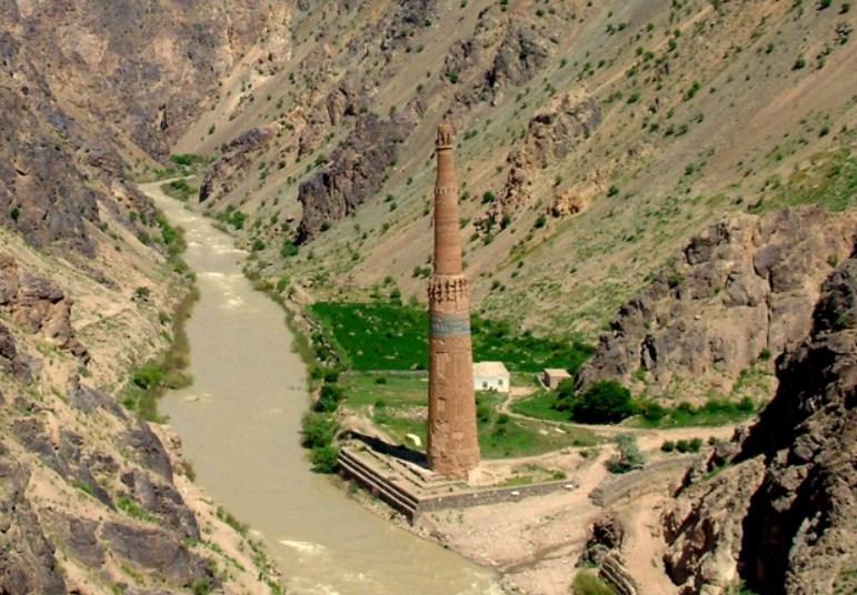 Удивительно, но он еще стоит — минарет Джам в Афганистане, второй по высоте обожжённого кирпича
