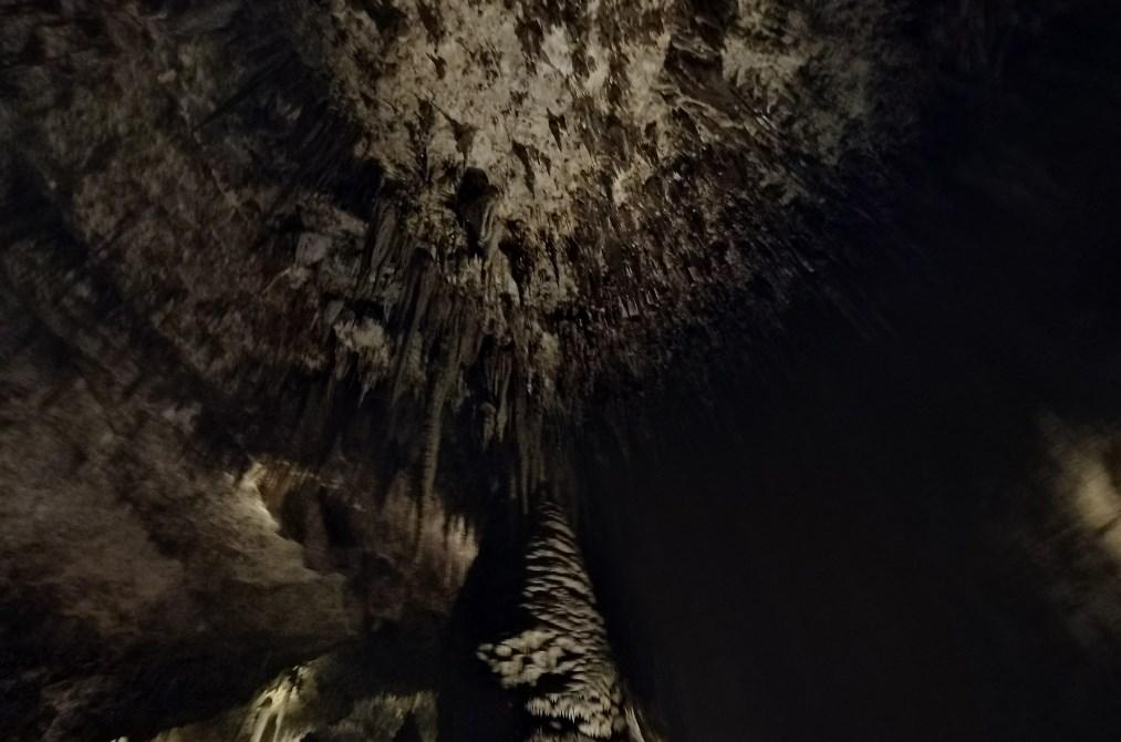 Необъятный и малоизученный подземный мир Карлсбадских пещер, который обнаружили в начале 20 века