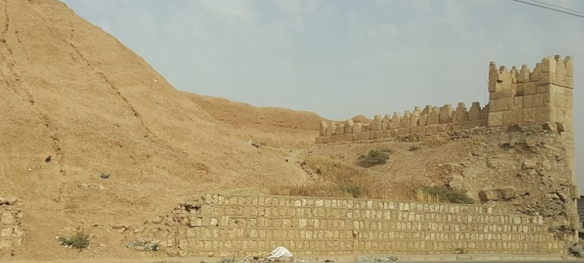 Линза из руин древней столицы Ассирии, которая создана задолго до официального изобретения телескопа
