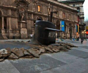 Подводная лодка, «всплыла» из-под асфальта на улице Милана — удивительная рекламная инсталляция
