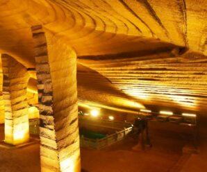 Когда откачали воду из «бездонного» пруда, то на дне обнаружили рукотворные пещеры — Лунъю