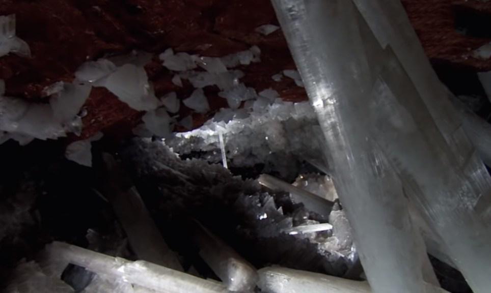 Пещера с громадными кристаллами в Мексике