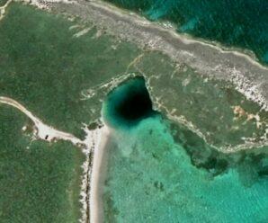 Одна из глубочайших карстовых воронок, скрывающаяся под водой — Голубая дыра Дина