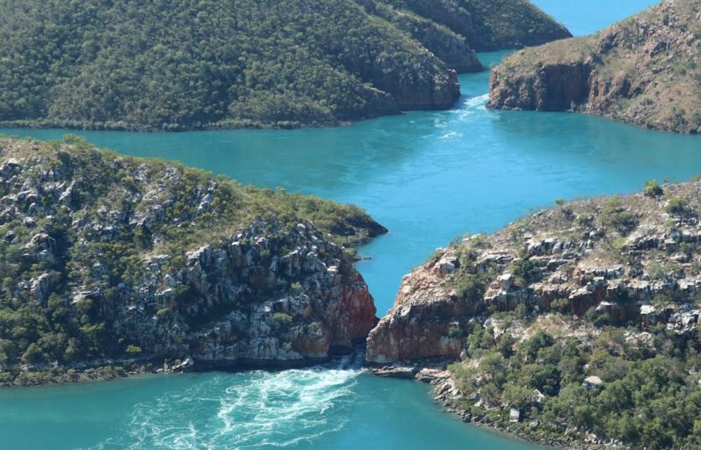 Горизонтальные водопады - необычное природное образование в Австралии