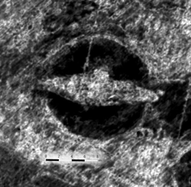Как под холмом обнаружили зарытый корабль викингов