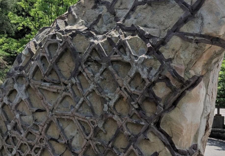 Вафельная порода - настоящая геологическая головоломка в Америке