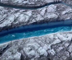 В плавающем леднике появилась синяя река — предупреждение всему человечеству